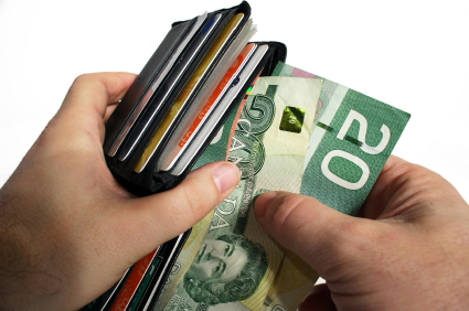 Avoid These Mistakes When Paying Canadian Employees