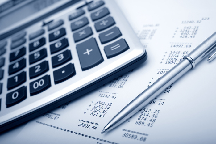 why the best payroll calculator is an outsourced payroll service