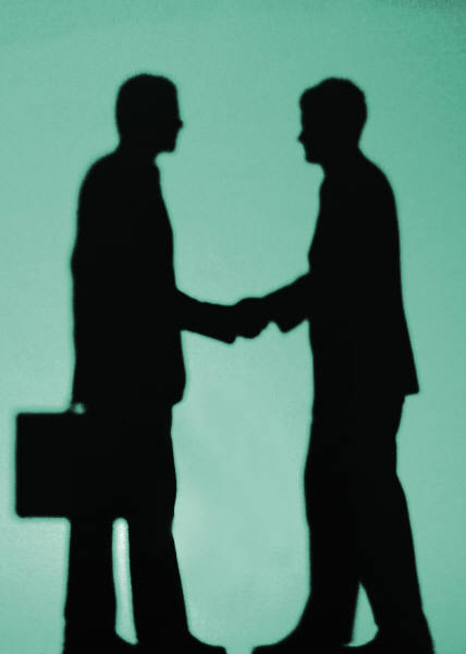 Employment Agreements blog article by The Payroll Edge