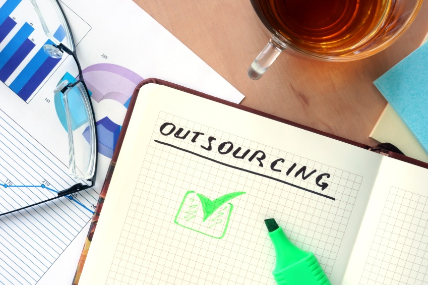 3_Reasons_Why_Small_Businesses_Should_Outsource_Their_Payroll