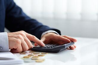 7_Benefits_of_Working_with_a_Payroll_Service_Provider