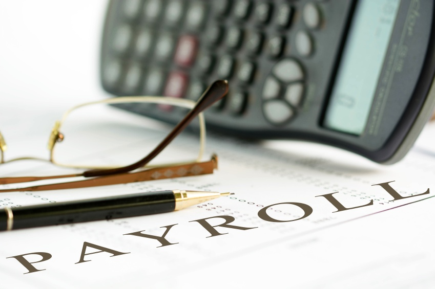 Top_4_Advantages_of_Outsourcing_Payroll.jpg