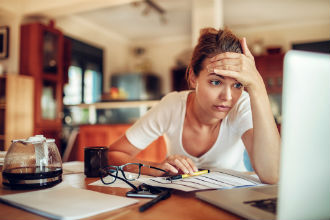 The Payroll Mistakes That Could Be Hurting Your Business--.jpg