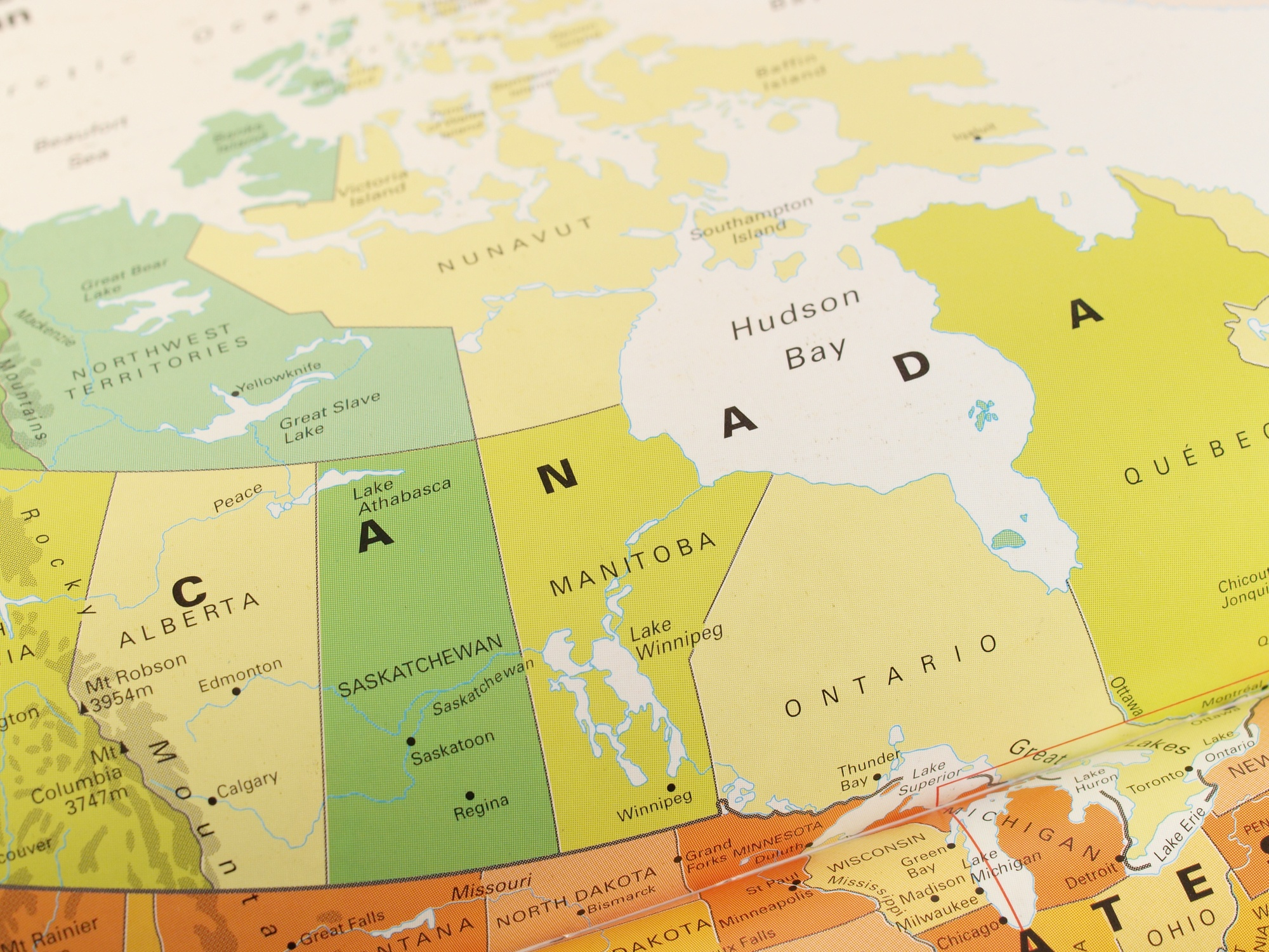 What You Need to Know as an American Businesses Expanding into Canada.jpg